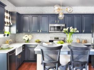 BPF_holiday-house_interior_upgrading_contractor_kitchen_beauty_h.jpg.rend.hgtvcom.616.462