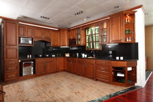 Cabinet wood finish feature birch designer cabinets for Busy beaver kitchen cabinets
